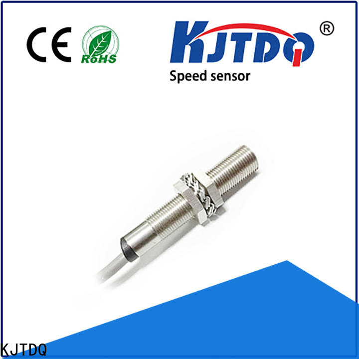Top hall effect speed sensor Supply for transport belt slip detection