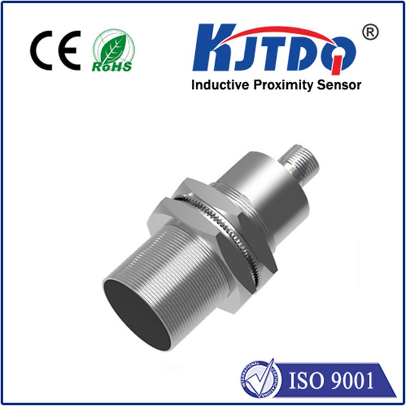 M30 high temperature proximity sensor shielded NO NC -25℃-+120℃ connector